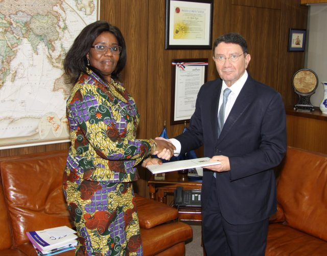 Ambassador of Ghana, Elisabeth Adjei, presents her credentials to the Secretary-General of the World Tourism Organization (UNWTO), Taleb Rifai/Photo: UNWTO