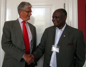 Picture of Mario Masuku and former Danish  Foreign Minister, and present parliament chair, at the latter's parliament office last year/Photo: Peter Kenworthy
